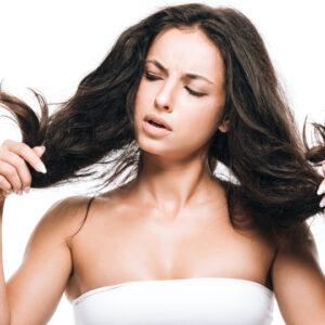 Strohige Haare: TOP 12 Tipps für die gesunde Rapunzel-Mähne!