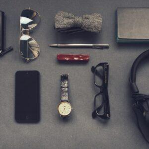 9 Männer-Accessoires, die du 2021 tragen musst! – Ultimative Liste